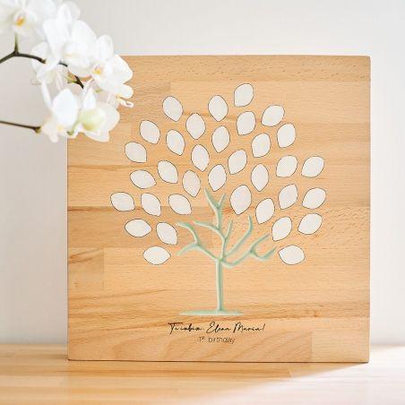 Panou din lemn masiv, decorativ, personalizabil, realizat la comandă.