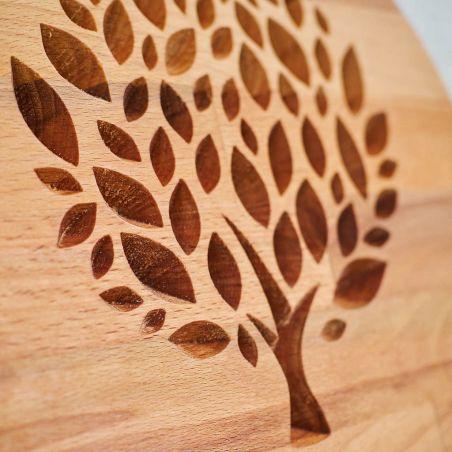panou decorativ din lemn masiv, frezat cu copacul vietii, vedere în detaliu